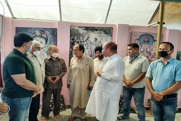 J&K Apni Party leaders meet bereaved family members of Sarpanch Ajay Bharti